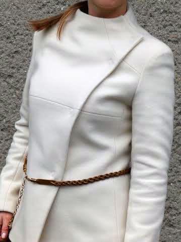 Kabátek z bílého sukna 580g
